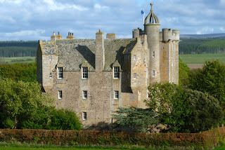 castle stuart, haunted castle, haunted place, creepy