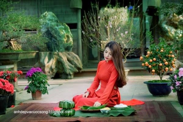 Người đẹp dạo phố hoa đào 5