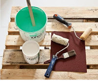 hacer muebles con pallets de madera, que hacer con pallets, bricolaje con pallets de madera, reciclar pallets de madera, pallets de madera, pintar pallets de madera, pintar soportes de madera, manualidades con pallets de madera, hacer una cama con pallets de madera, cómo hacer una cama de madera, cómo hacer una cama con pallets de madera, diseños de camas, camas bonitas, camas ecológicas, camas con reciclaje, aprender a reciclar, reciclaje casero, hacer muebles caseros, cómo hacer un mueble ecológico, amueblar la casa con pallets