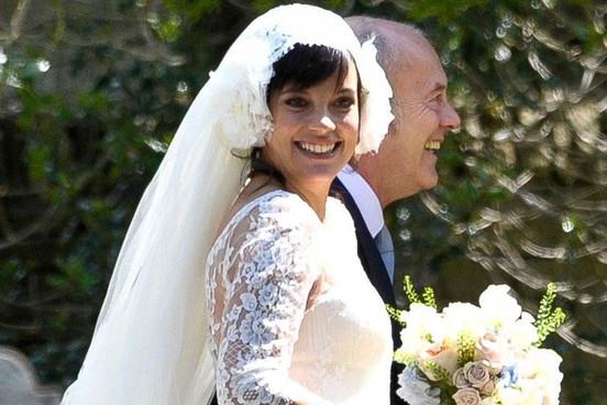 Amsale Reese Wedding Dress 88 Fresh A pregnant Lily Allen