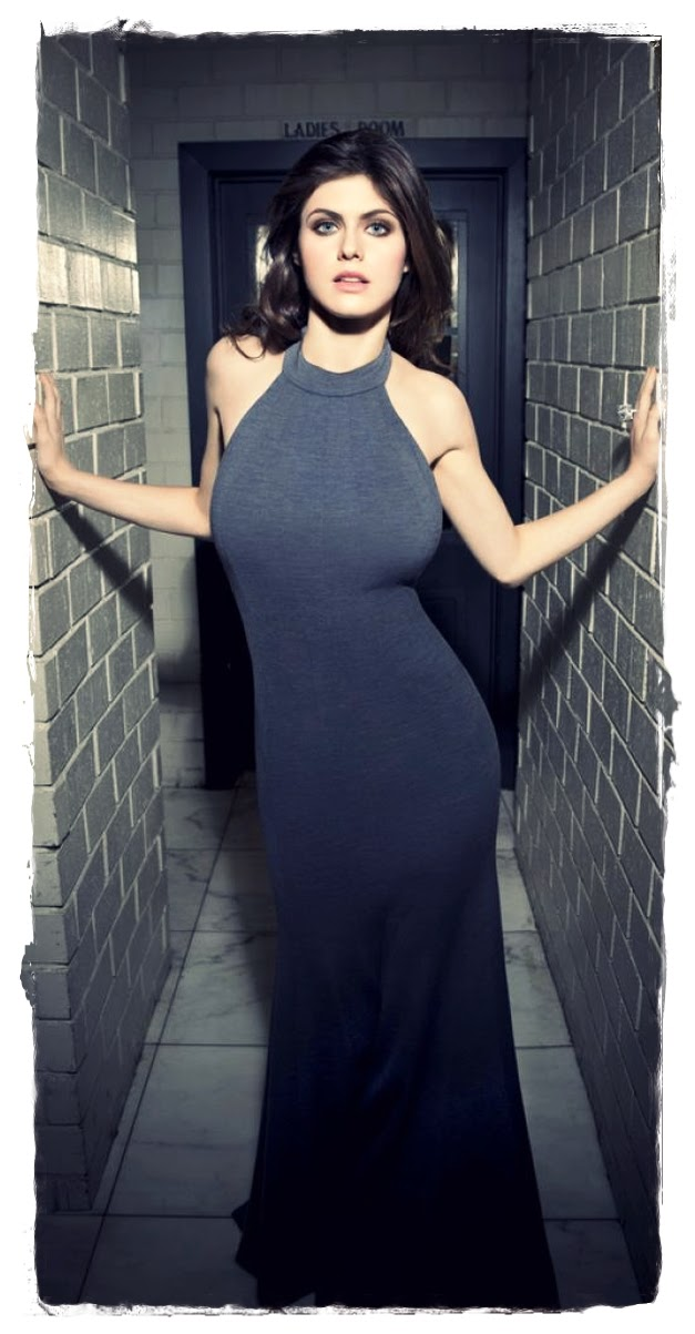 Celebrity Fashion Style   Alexandra Daddario Photoshoot By Elisabeth