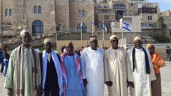 Una comitiva de Imanes de Senegal visitó Yad Vashem y el Kotel