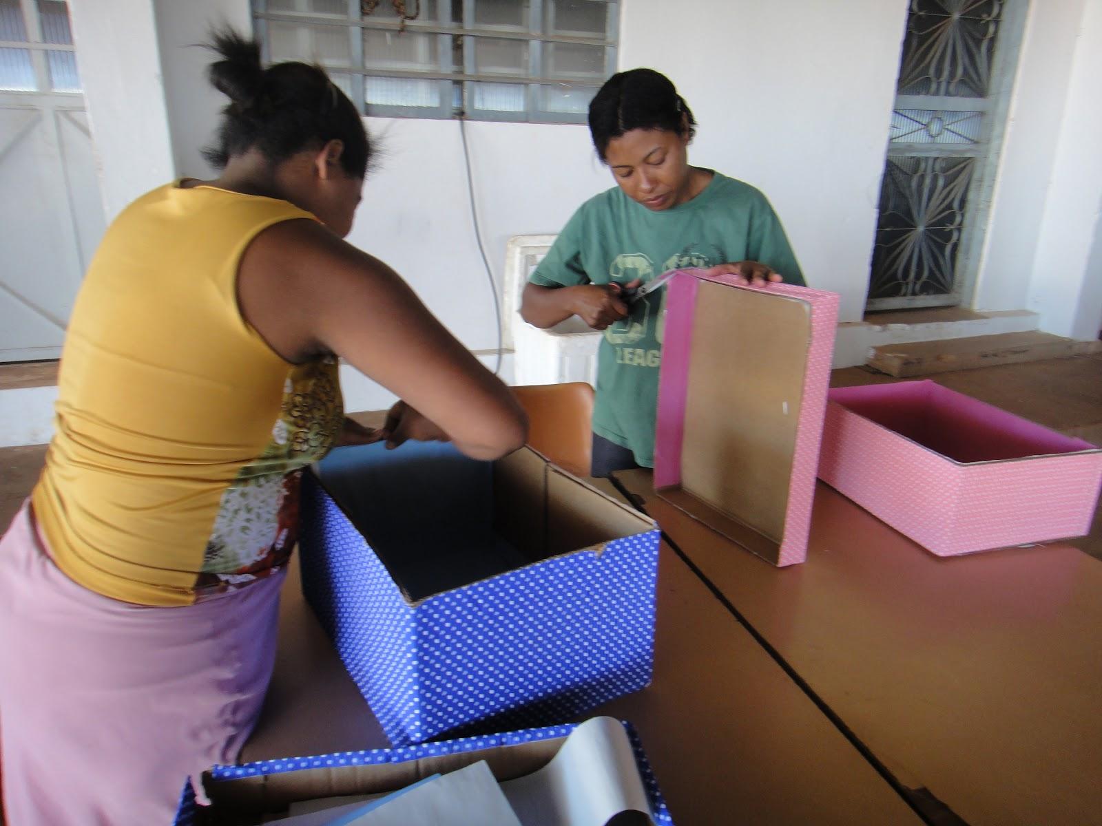 Cras n cleo bandeirante oficina de caixas for Oficina de caixa