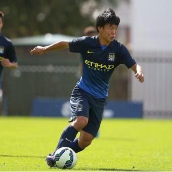 Manchester City Bawa Pemain Muda Jepang