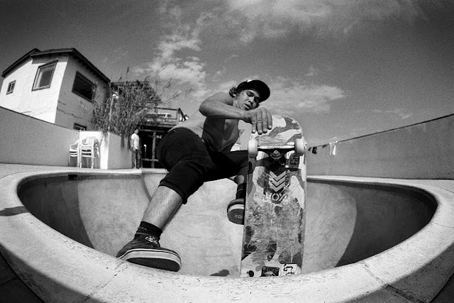 Cuatro Casas, Baja California Skateboarding, Blue Tile Obsession, Confuzion, Backyard Pools, Lars Greiwe, Confuzine Skateboard Blog, Skateboarding News