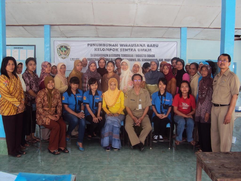 Trainer Pelatihan Kursus Kue Brownies kerjasama Pemerintah Kabupaten ...