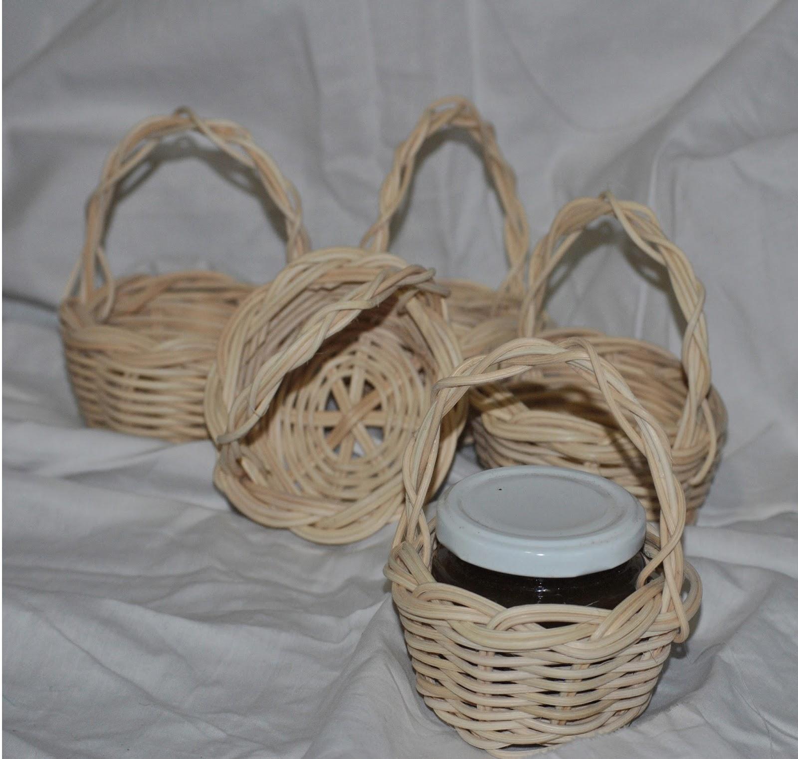 El cuevano artesan a de laciana trabajos de cester a detalle para bodas bautizos o comuniones - Como forrar cestas de mimbre ...