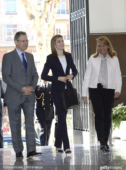 : Queen Letizia of Spain (C) arrives to a meeting with The Spanish Red Cross in Madrid