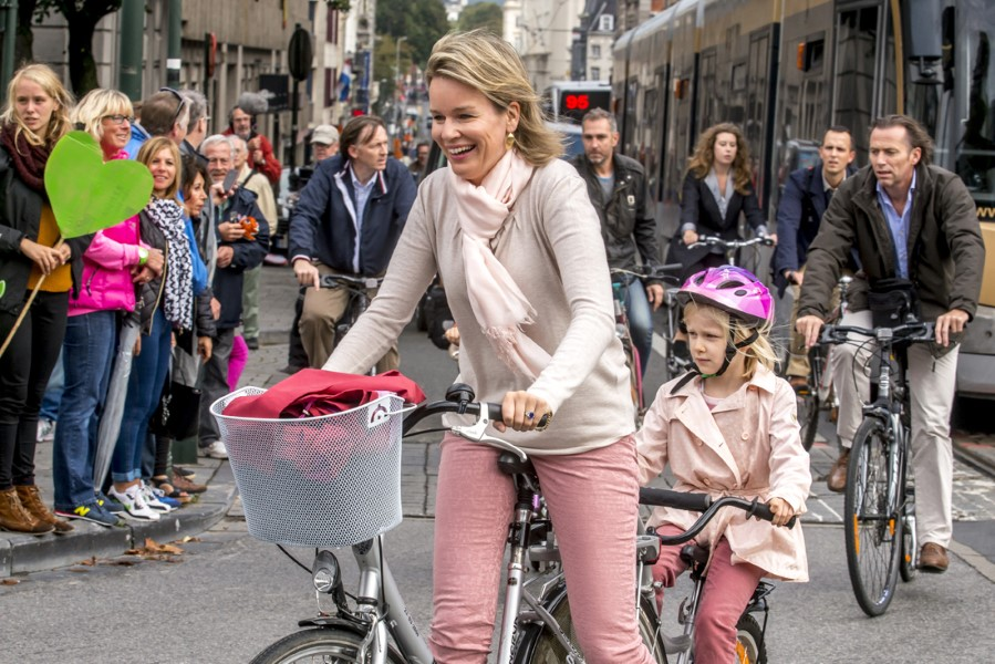 King Philippe took his family for a bicycle tour around Brussels on Car-Free Sunday
