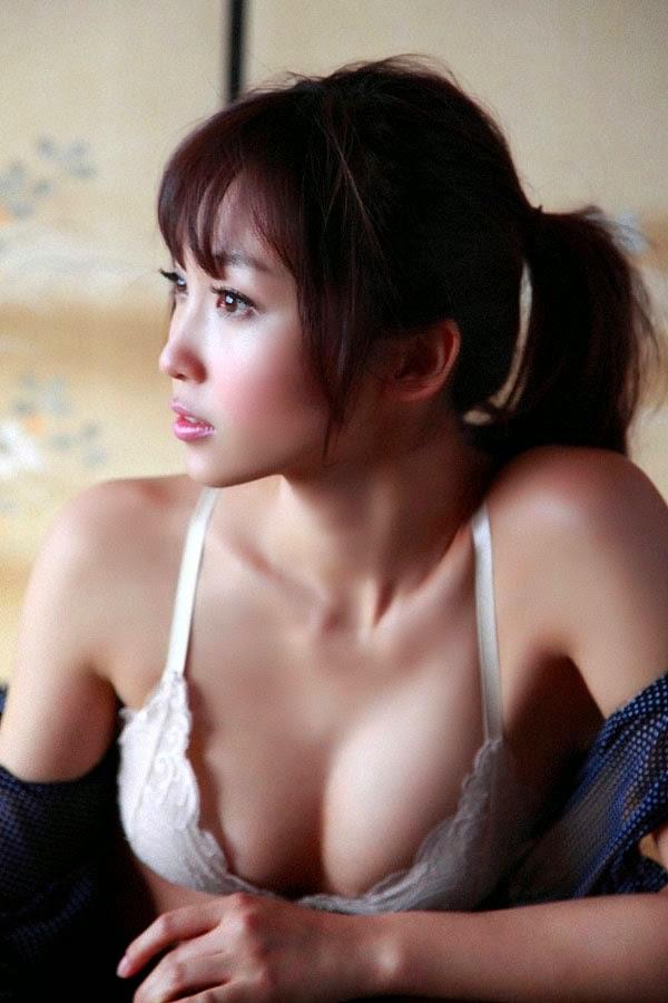 risa yoshiki sexy bikini pic 05