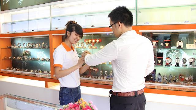 khách hàng đến mua được phục vụ tận tình, chu đáo