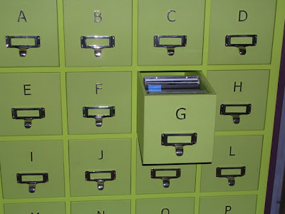 CD storage trunk close-up