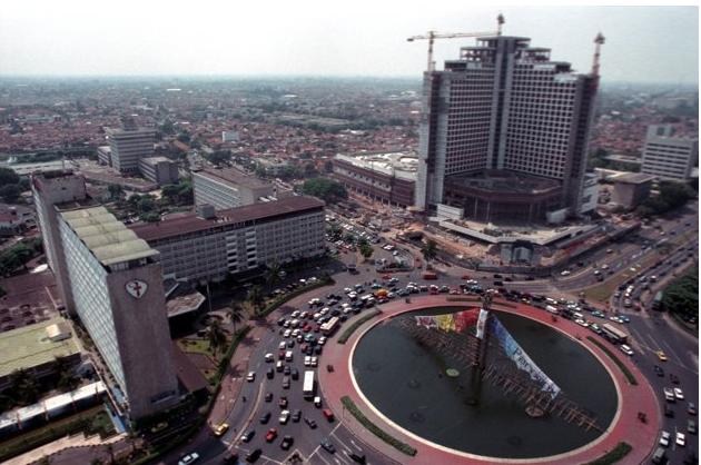 Djakarta Tempoe Doloe, Jakarta Tempo Sekarang - Pas Uniknya... Pas ...