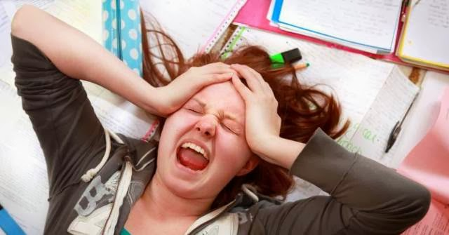 wanita stress