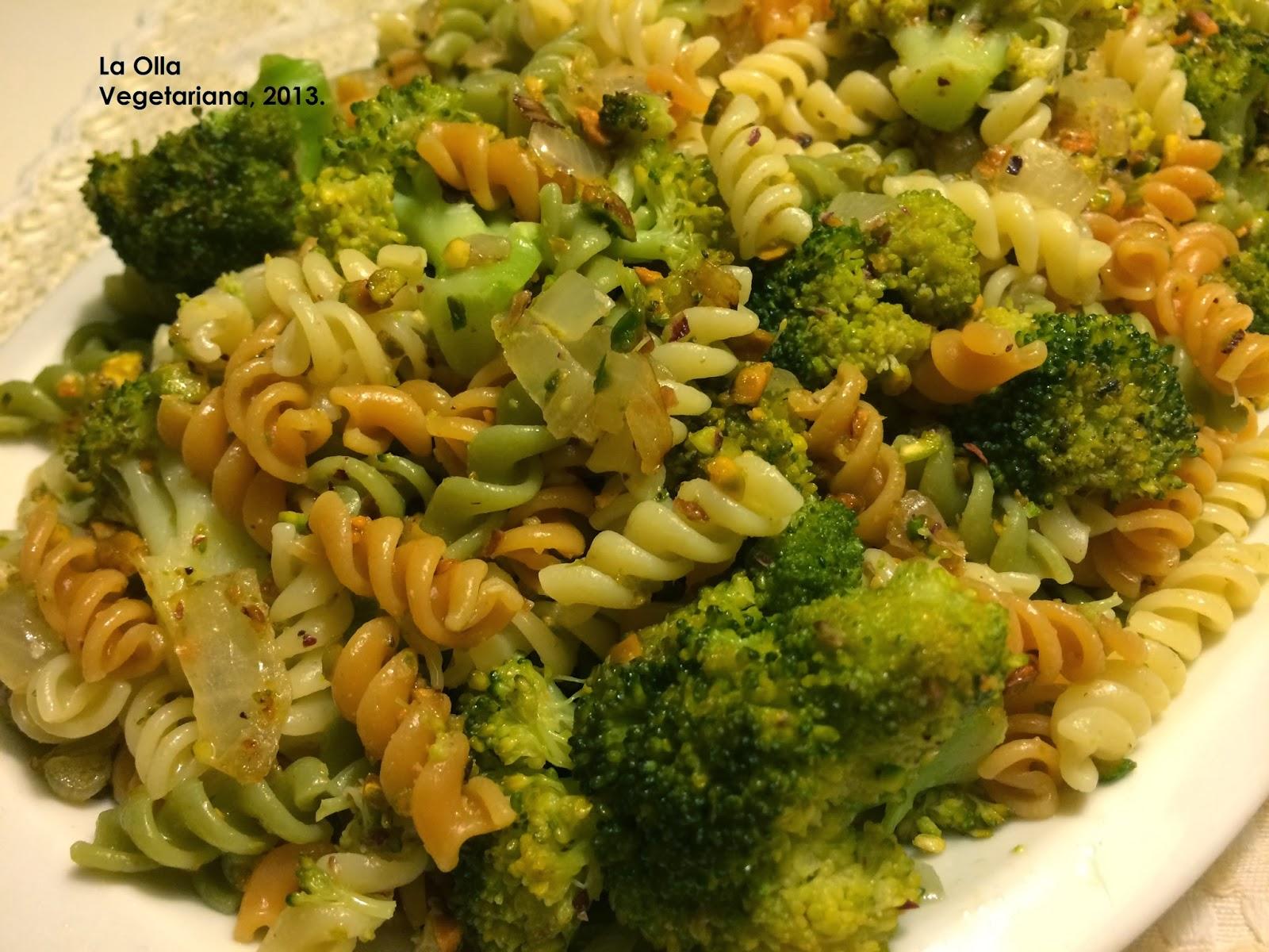 La olla vegetariana pasta con br coli y pistachos - Platos de pasta sencillos ...
