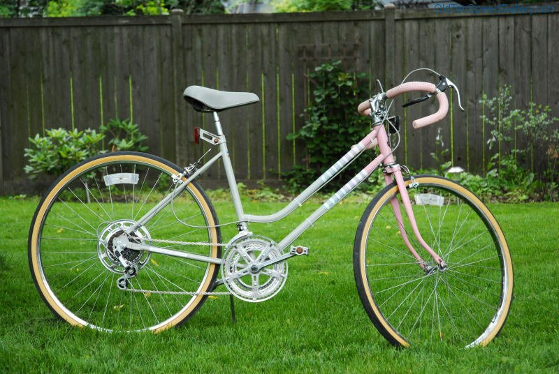 Huffy Capri 10 Speed