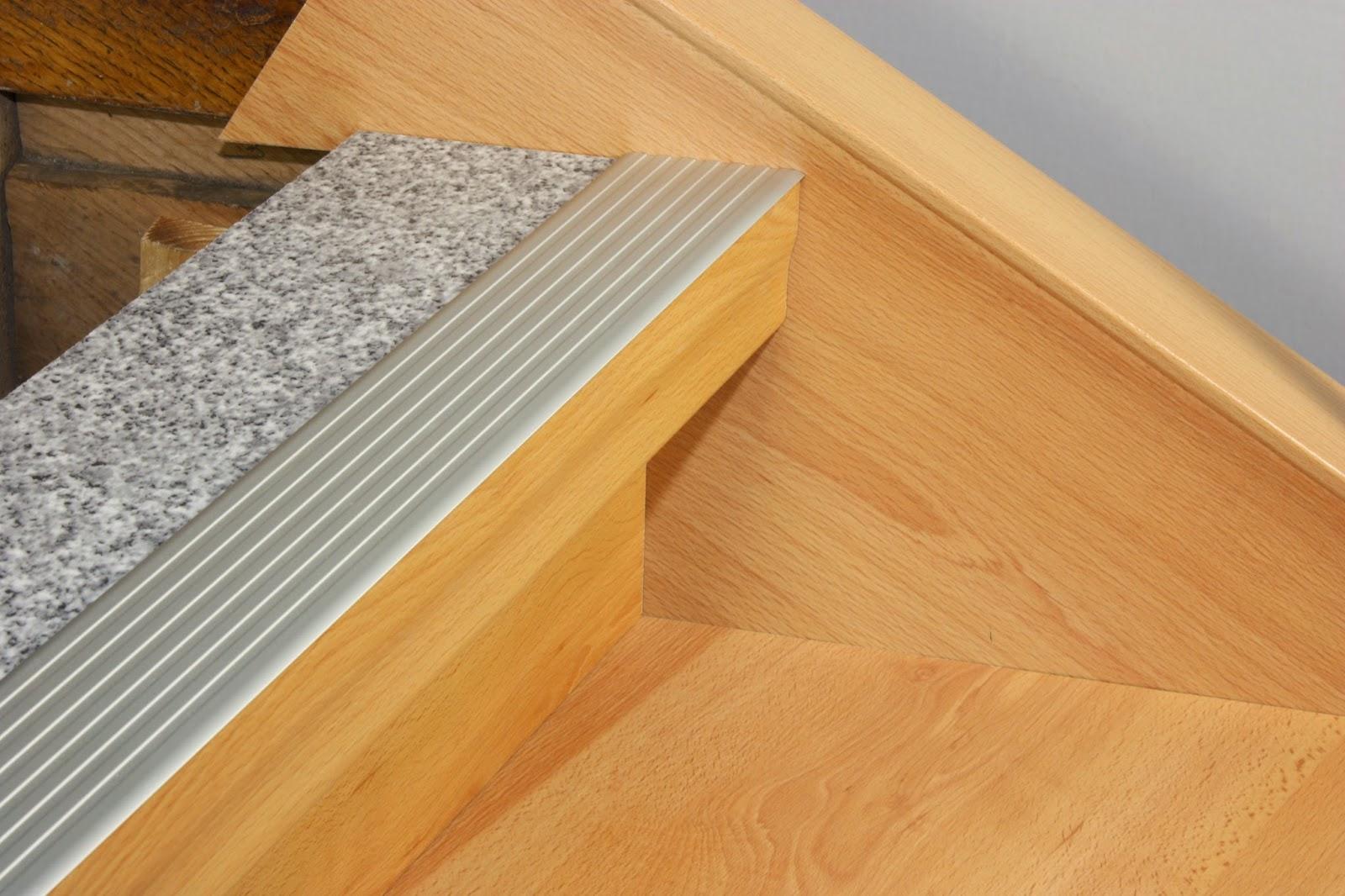 H k treppenrenovierung treppenrenovierung rundkanten for Teppich fa r treppenstufen