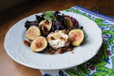 Composed Salad of Figs, Baby Greens, Goat Cheese and Candied Pecans