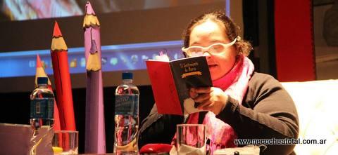 María Etcheber, escritora con Síndrome de Down, presentó sus libros en Lobería