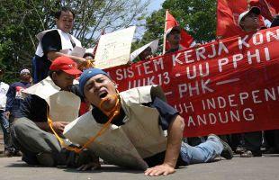Demo Buruh di Medan Mengarah Kerusuhan