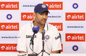 Mahendra-Singh-Dhoni-Press-Conference-India-v-Australia-1st-Test
