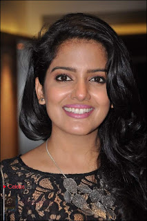Vishakha Singh Pictures at Fukre Movie Party by Ritesh Sidhwani  0001