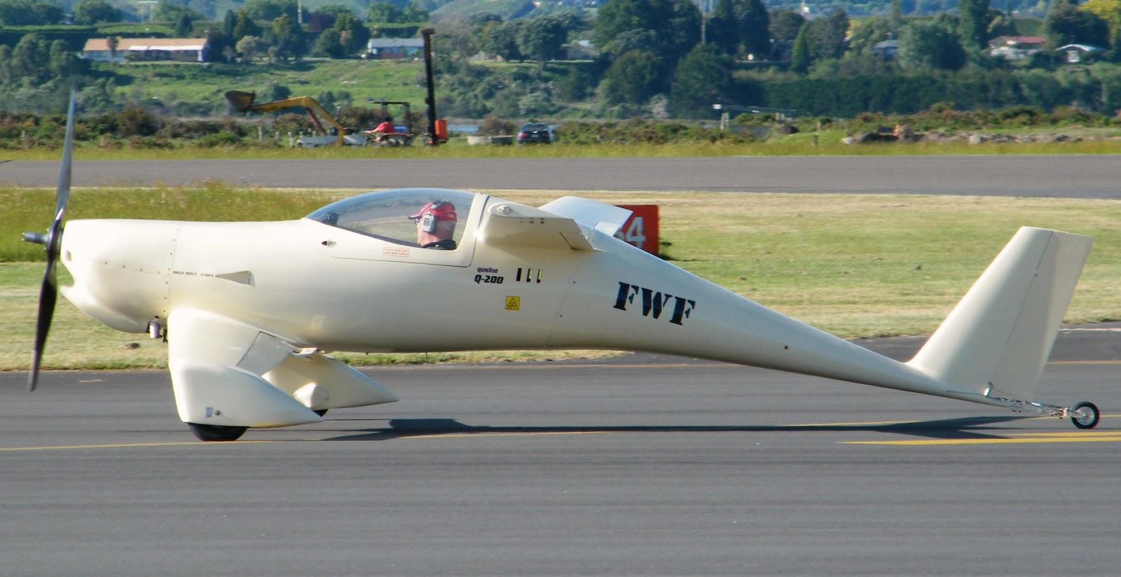Разработка лёгкого воздушного судна quickie q2 началась в 1978 году, при этом