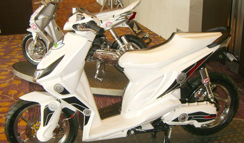 Top modifikasi warna cat motor matic