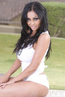 Priya Rai Nude Photos 51
