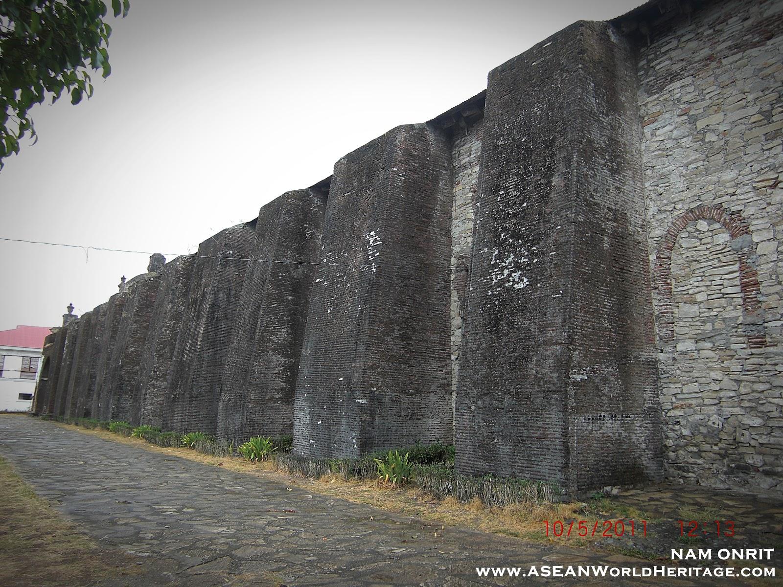 Concrete Buttress Wall Design : Brick buttress