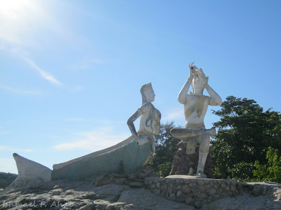The mermaid and prince of Koh Samet Island