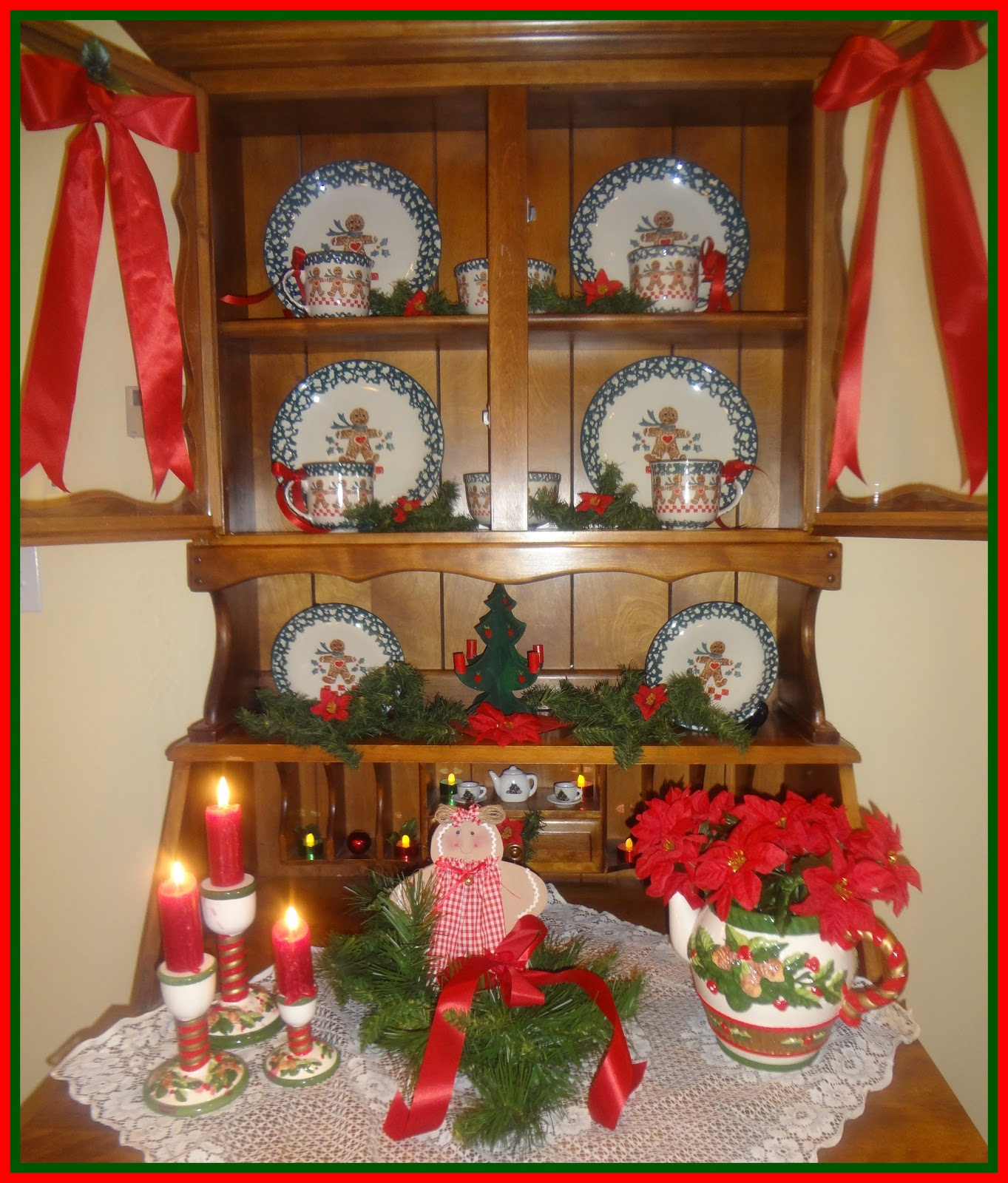 Decorating Ideas > Nanns Table Decorating My Home For Christmas ~ 012415_Christmas Decorating Ideas Hutch