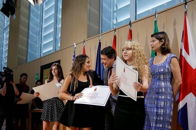 decimo aniversario bilingüismo centros publicos