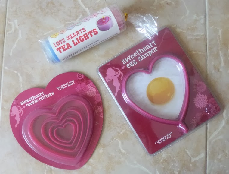 Mummy Blogging, Yorkshire Blog, Parent Blog, Asda, Review, Valentines, Valentines Day, Cookie Cutterm Egg Shaper, Swizzels Matlow, Love Hearts Tea Lights,