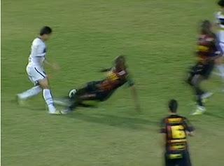 BRUNO MENDES - Página 2 Penalti+n%C3%A3o+marcado+sport+contra+o+bota