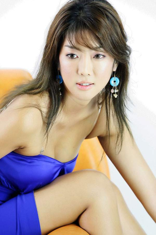 tsukuba single asian girls One of the main reasons that so many single asian women sign up for international dating sites is that western men have a great reputation with many beautiful, talented, sweet young women in thailand, vietnam, and the philippines.