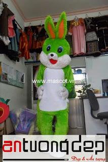 bán mascot con thỏ