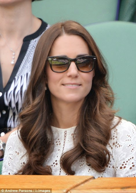 84360cd7ce The Duke and Duchess of Cambridge arrived at Wimbledon to cheer on Andy  Murray