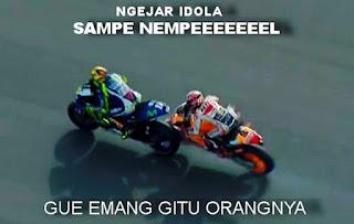 Download Gambar DP BBM Valentino Rossi VS Marc Marquez MotoGP Malaysia 2015 Meme Lucu Gokil Animasi Gif Bergerak