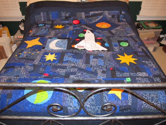 Beebee 39 s quilts and more outer space quilts for Spaceship quilt