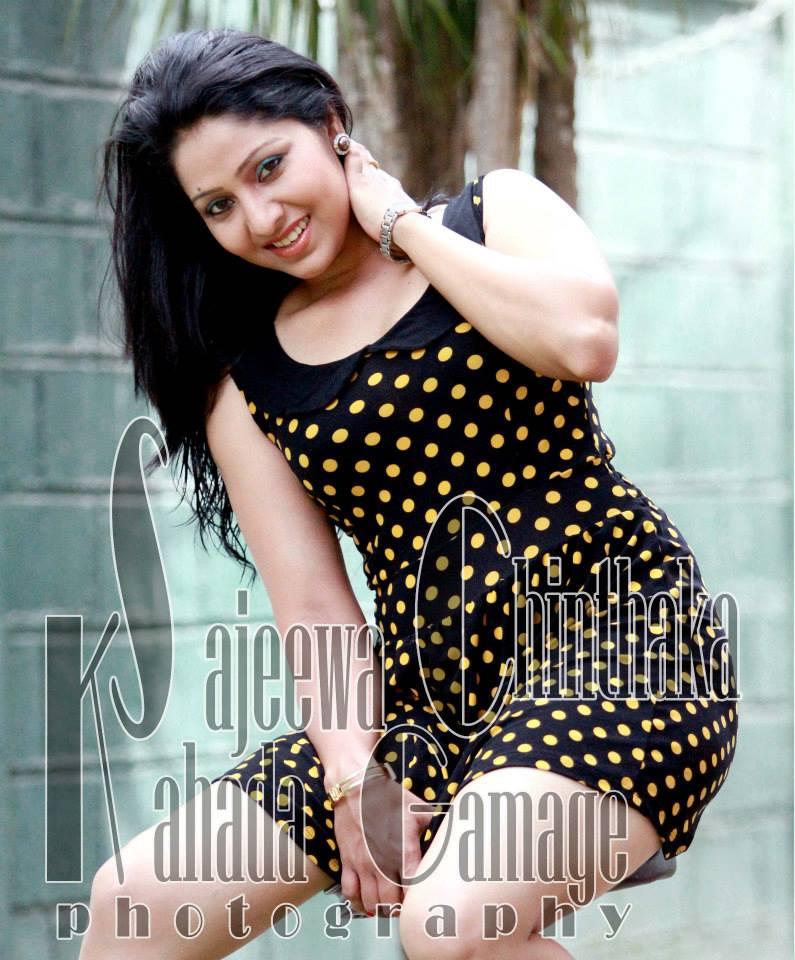 33000lk photo s: udayanthi kulathunga new hot photos Udayanthi Kulathunga Hot