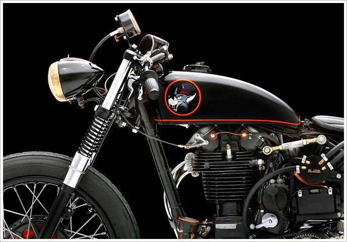 "Briton Bees 1947 BSA B33 ""Howlin 'Wolf"" 