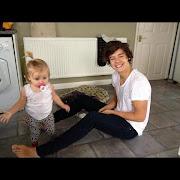 Louis: Calma eu te levo até onde a Lu tá. Vc: ahh obrigada.