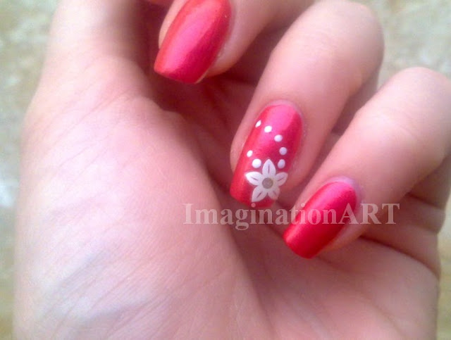 simply_simple_nail_art_semplice_rosso_rossa_red_essence_fiori_flower_dot_dotted_puntini
