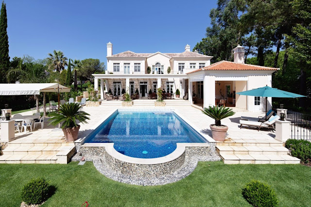 تصاميم ديكورات فلل فاخرة2014من الداخل والخارج مع المناظر الطبيعية الخلابة Luxury+villa+for+sale+in+Quinta+do+lago
