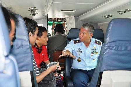 Komamdan Lanud Halim Pantau Banjir Jakarta dari Udara