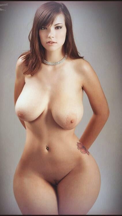 голые женщины с большой грудью фото смотреть