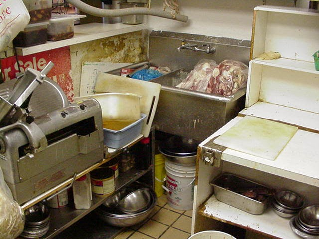 Health Inspector\'s Notebook: Behind The Kitchen Door - Food Safety ...