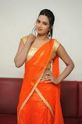 Srivani Reddy new sizzling pics-thumbnail-15
