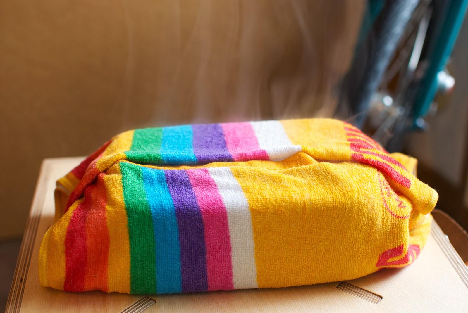 濡れタオルに包まれたトランギアラージメスティン